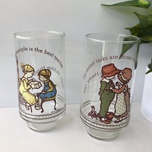 Vintage Holly Hobbie Limited Edition Glasses 2pc